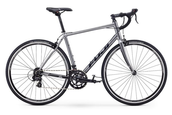 fuji sportif 2 5 seriy 1 600x400 - Велосипед Fuji 2020 ROAD  мод. SPORTIF 2.5  A2-SL р. 61 цвет серебряный металлик